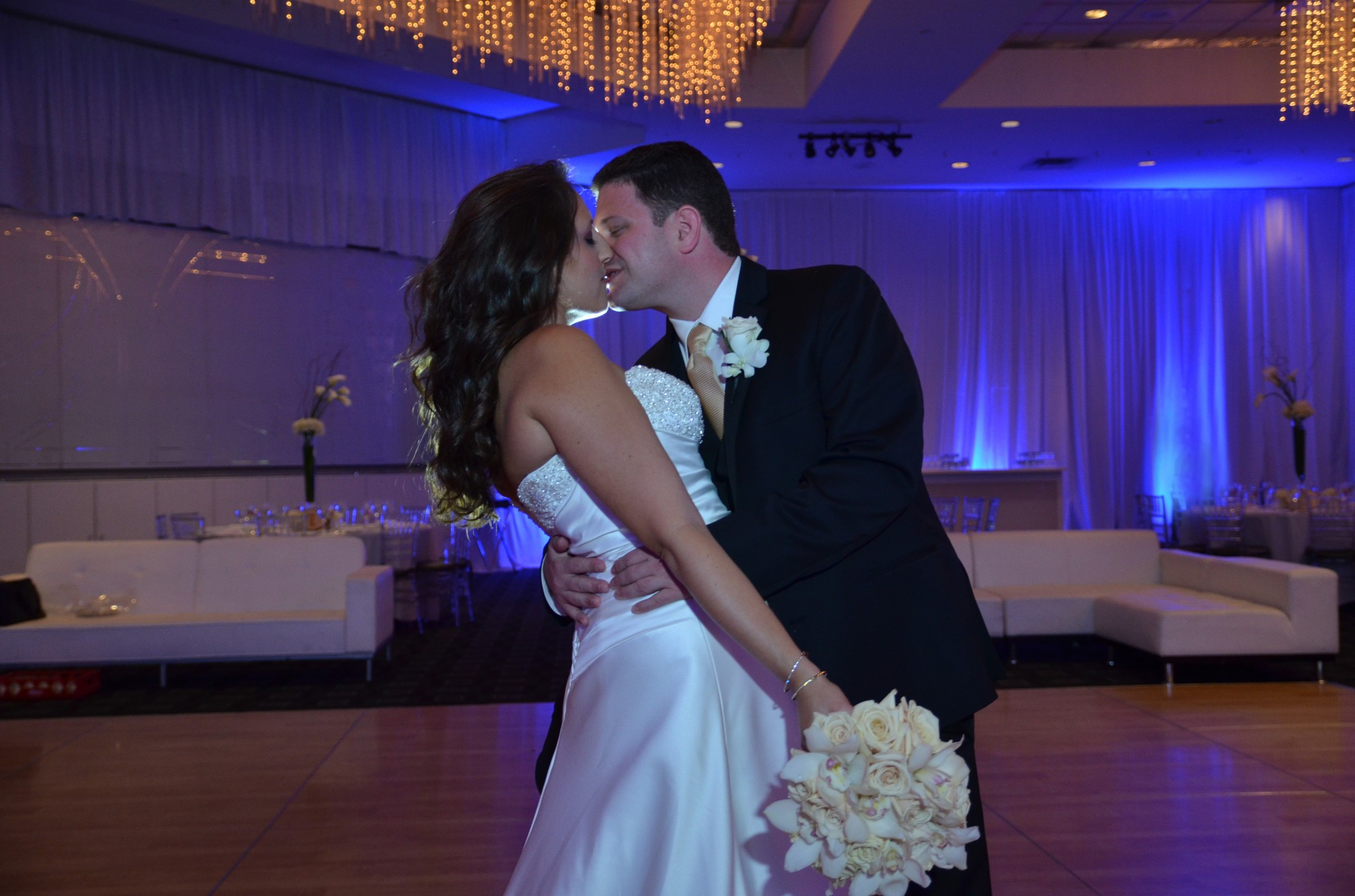 ERICA & ARI AMAZING  WEDDING – TEMPLE BETH TORAH, TRUMP INTERNATIONAL RESORT.