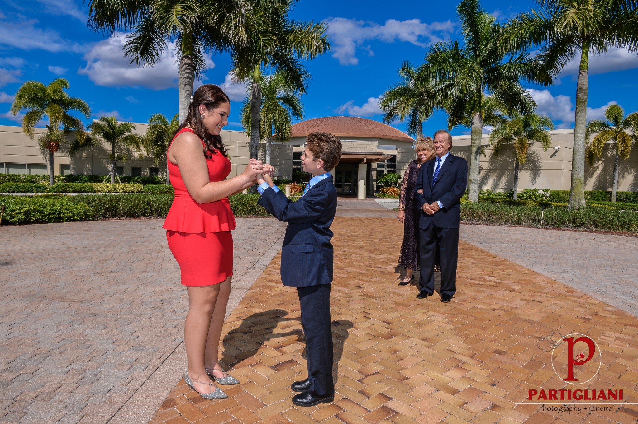 DANIEL'S BAR MITZVAH BY PARTIGLIANI PHOTOGRAPHY Y CINEMA, TEMPLE DOR DORIM WESTON FLORIDA, ONE OF A KIND PARTY DESIGN, JAMMIN EXPRESS ENTERTAINMENT