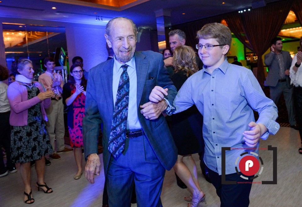 TEMPLE SOLEL, PARTIGLIANI PHOTOGRAPHY, SIMON'S BAR MITZVAH-6012