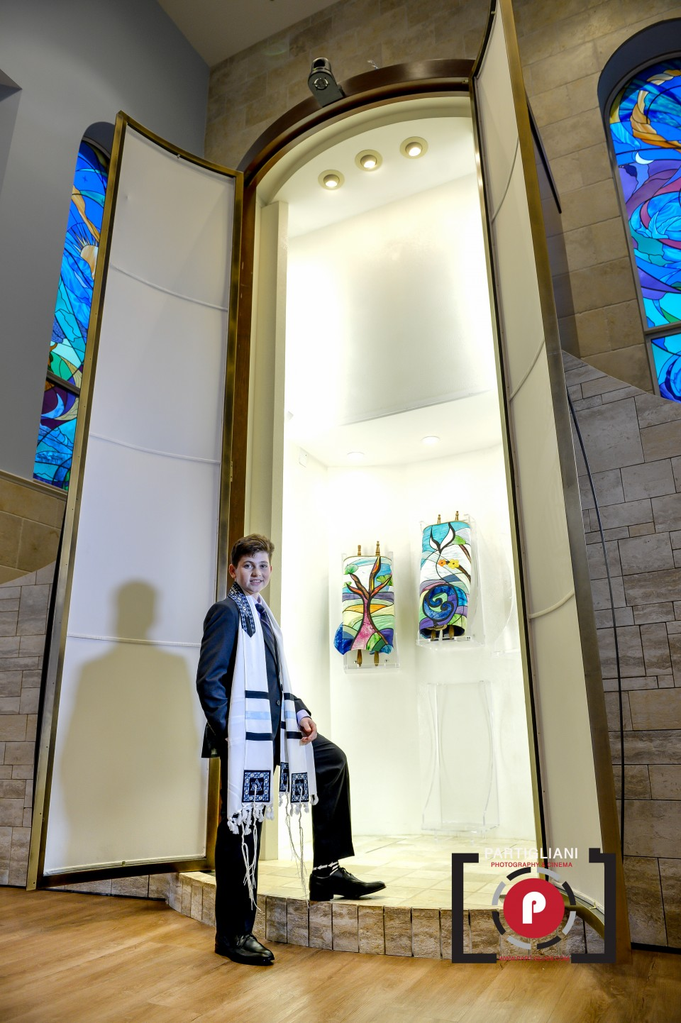TEMPLE BETH AM, PARTIGLIANI PHOTOGRAPHY - NATHAN GOLDIN-29