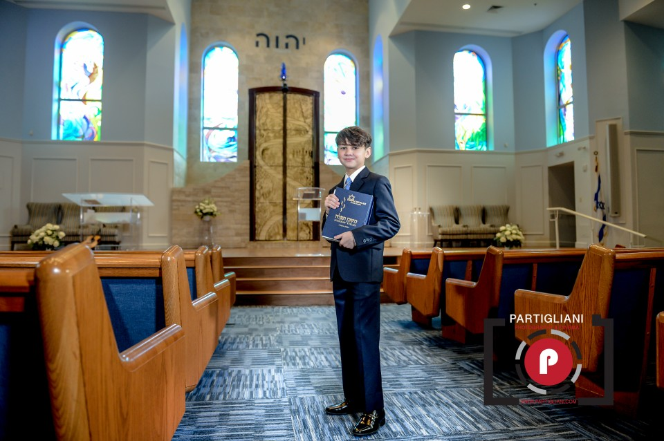 OUT OF THE BLUE EVENT, PARTIGLIANI PHOTOGRAPHY, ALEX'S BAR MITZVAH.-4
